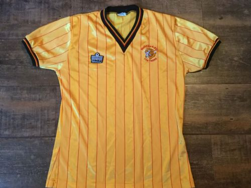 1984 1986 Hull City Home Football Shirt Adults Medium